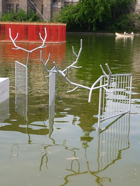 Kristoff Kintera's police barriers sprouting antlers. (Photo: Stefan van Drake (c) 2011)